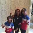 Photo de Vanessa Bryant et ses deux filles Natalia et Gianna publiée le 5 juillet 2015.