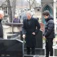 Christopher Thompson lors des obsèques de Michèle Morgan,enterrée au côté de son compagnon Gérard Oury, au cimetière du Montparnasse. Paris, le 23 décembre 2016.