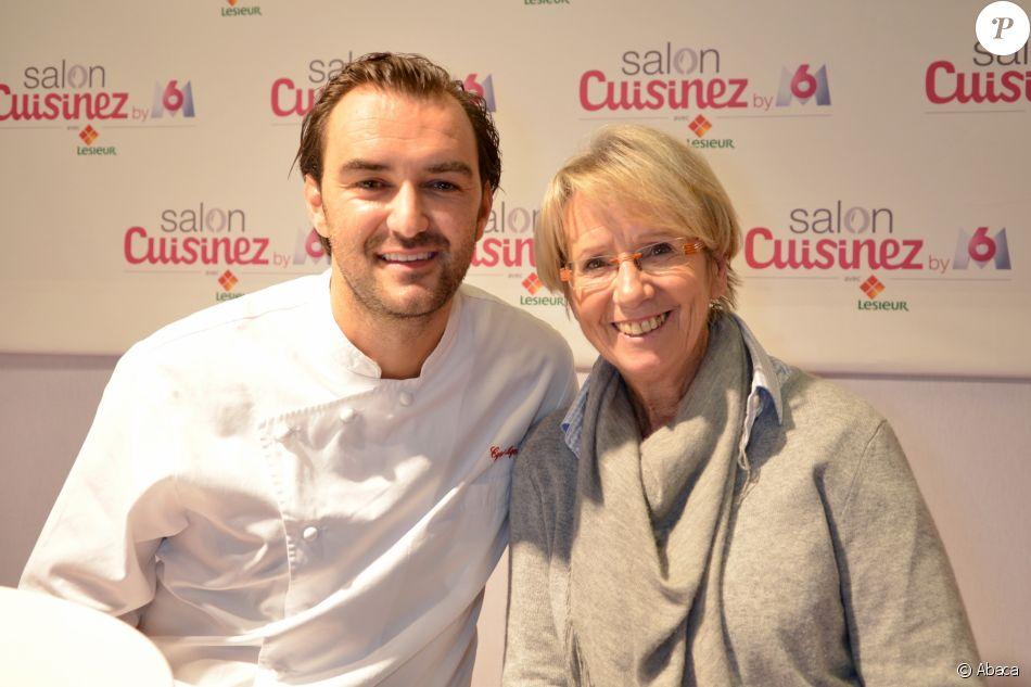 Cyril Lignac et Mercotte lors de la deuxième édition du Salon Cuisinez à Paris. Le 20 octobre 2012.