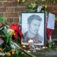 Hommage à George Michael devant son domicile de Goring dans l'Oxfordshire, le 26 décembre 2016.