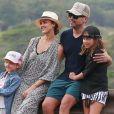 Jessica Alba, son mari Cash Warren et leurs deux filles Honor et Haven, lors de vacances en famille à Hawaï le 31 décembre 2016