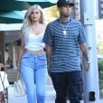 Kylie Jenner et son petit ami le rappeur Tyga se balade en amoureux dans les rues de Beverly Hills, le 8 novembre 2016  Reality star Kylie Jenner was out with rapper Tyga in Beverly Hills, California on November 8, 2016. The two stopped for some lunch at La Scala08/11/2016 - Beverly Hills