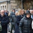 Claude Lelouch et Nicole Croisille lors de la cérémonie religieuse en hommage à Pierre Barouh au cimetière de Montmartre à Paris le 4 janvier 2017.
