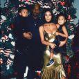 Photo de Kanye West, Kim Kardashian et leurs enfants North et Saint West. Décembre 2016.