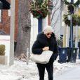 Exclusif - Meghan Markle à Toronto le 28 décembre 2016, se rendant dans un salon de beauté peu avant de s'envoler pour rejoindre le prince Harry. Le couple serait parti le 2 janvier en Norvège pour des vacances à la découverte des aurores boréales.