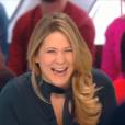 """Stéphanie Loire dans """"Il en pense quoi Camille ?"""" le 17 janvier 2017 sur C8."""