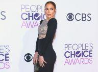 Jennifer Lopez : Sexy tout en courbes, elle passe un cap avec son chéri Drake