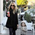 Exclusif - Rachel Zoe fait du shopping avec son mari Rodger Berman et ses enfants Skyler and Kaius chez Goop holiday pop-up à Los Angeles, Californie, Etats-Unis, le 3 décembre 2016.