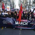 La «marche des femmes» contre le président Donald Trump a réunit au moins 2.000 personnes à Paris le 21 janvier 2017