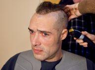 """Nicolas Bedos métamorphosé avec le crâne rasé : """"Fallait y passer"""""""