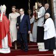 Le prince Albert II de Monaco et la princesse Charlene quittant la cathédrale de Monaco après la messe de la fête de sainte Dévote à Monaco, le 27 janvier 2017. © Jean-Charles Vinaj/Pool restreint Monaco/Bestimage