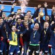 L'équipe de France de Handball célébre son titre mondial avec la coupe du monde lors du match de finale du mondial de handball, France - Norvège à l'AccorHotels Arena à Paris, France, le 29 janvier 2017. La France remporte le match 33-26. L'équipe de France décroche son 6ème titre mondial. © Cyril Moreau/Bestimage
