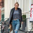 Gigi Hadid fait des courses chez Blick à New York le 3 février 2017.