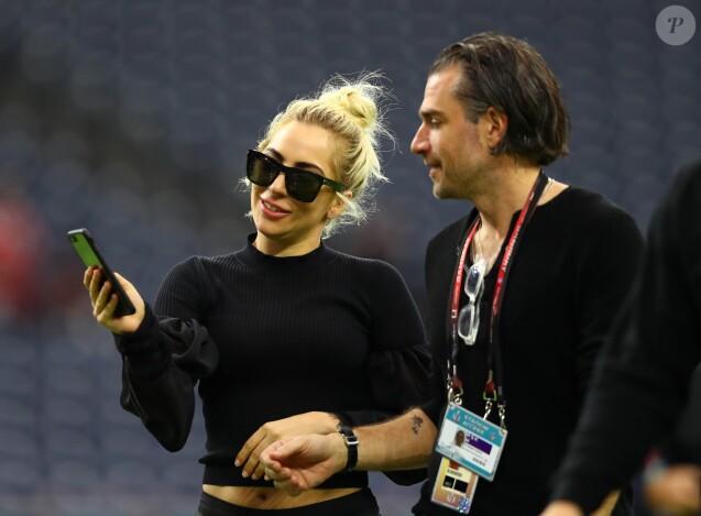 Lady Gaga et Christian Carino avant le show du Super Bowl LI à Houston, le 5 février 2017