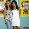 Beyoncé Knowles et sa soeur Solange à la première de Johson Family Vacation à Hollwyood le 1er avril 2004