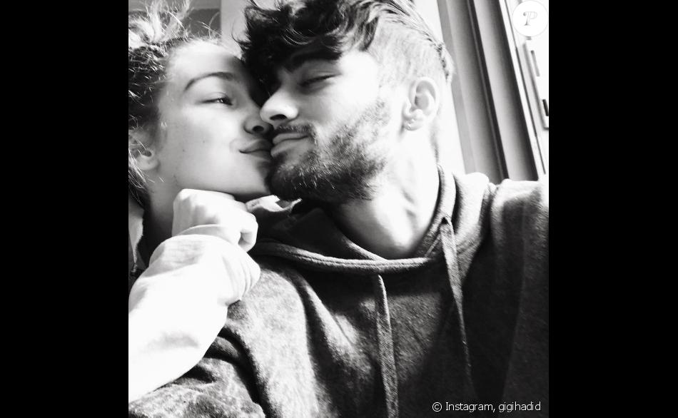 Super Gigi Hadid a publié un selfie de couple avec son amoureux Zayn  OF87