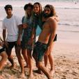 Laure Manaudou et Jérémy Frérot en vacances au Sri Lanka avec des amis. Photo postée sur Instagram en janvier 2017.