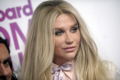 """Kesha """"folle et droguée"""" : De nouveaux éléments troublants la discréditent"""