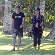 Exclusif - Le producteur de disques Dr. Luke et sa compagne Jessica James se baladent à Kauai, Hawaï, Etats-Unis, le 14 janvier 2017.