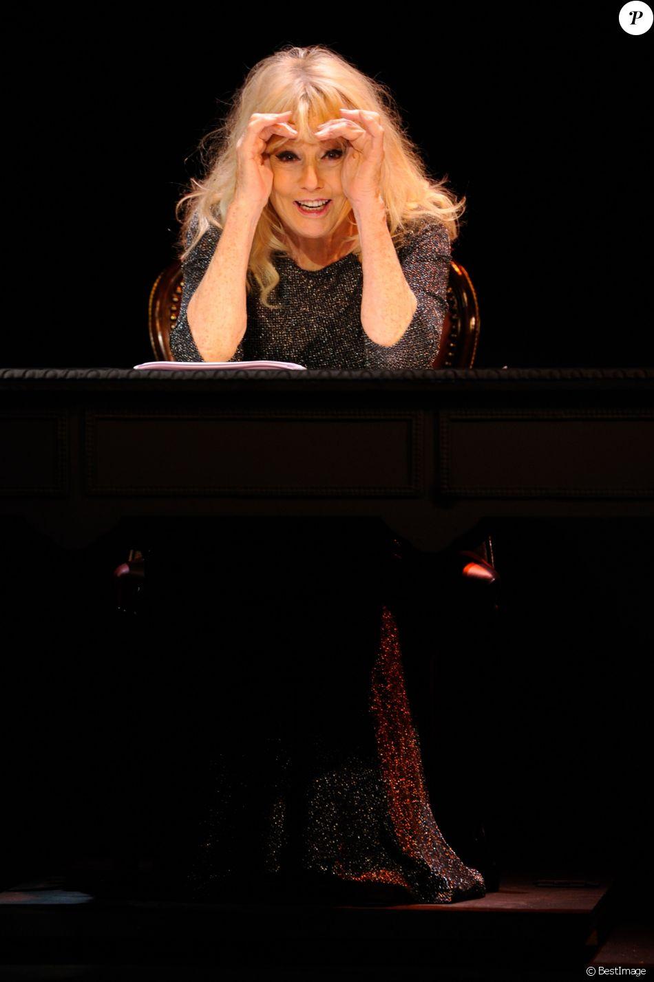 """Mylène Demongeot - Filage de la pièce """"Love Letters"""" au théâtre Comédie des Champs-Elysées à Paris le 13 janvier 2017. © Coadic Guirec/Bestimage"""
