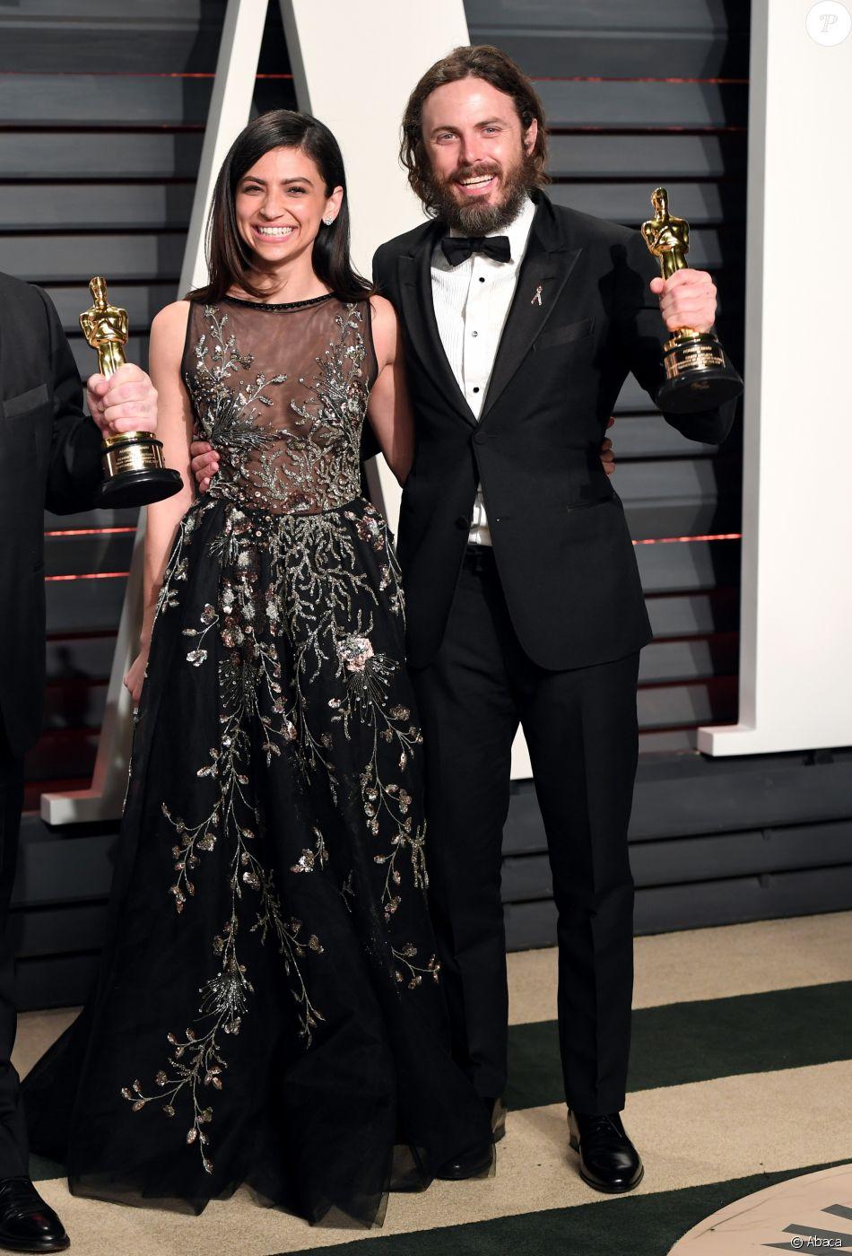 """Casey Affleck et sa petite amie Floriana Lima à l'after party des Oscars organisée par le magazine """"Vanity Fair"""" le 26 février 2017 à Los Angeles"""