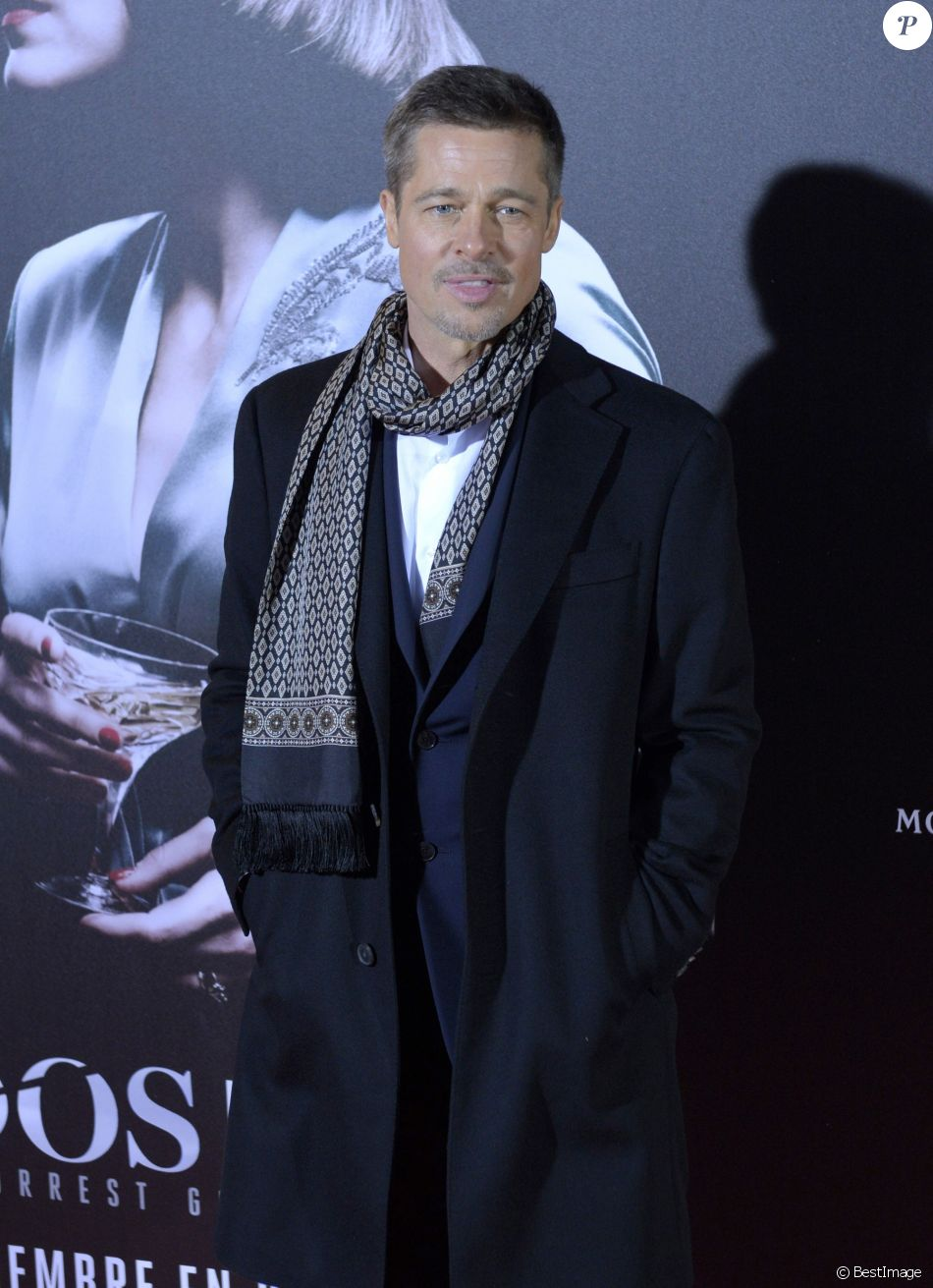 """Brad Pitt lors de la première de """"Alliés"""" (Allied) au cinéma Callao à Madrid, Espagne, le 22 novembre 2016"""