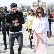 Victoria Beckham à Paris : Touriste avec son fils Brooklyn et Sonia Ben Ammar