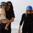 Alex Peyrat et sa fille Romy qu'il partage avec Beatrice Martin, la chanteuse Coeur de Pirate. Photo publiée sur le compte Instagram du tatoueur en mai 2016