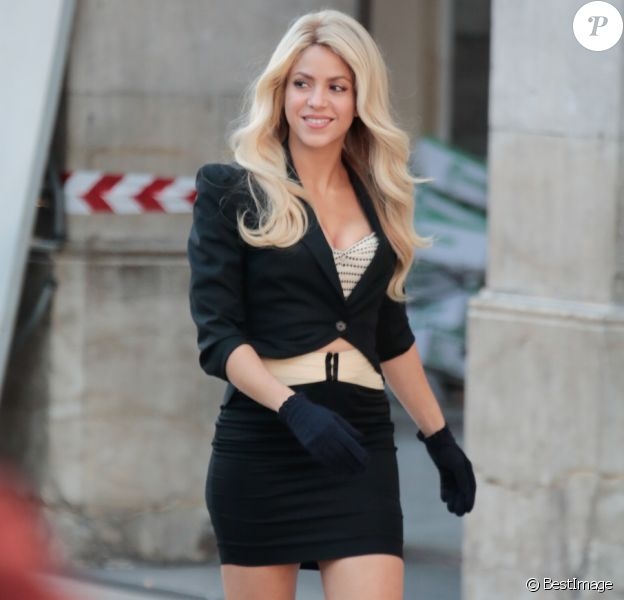 La chanteuse Shakira en tournage pour une publicité à Barcelone le 30 novembre 2016