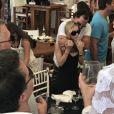 Exclusif - Ashley Olsen et son compagnon Richard Sachs dans un restaurant sur l'île de Saint-Barthélémy, Antilles, France, le 30 décembre 2016.
