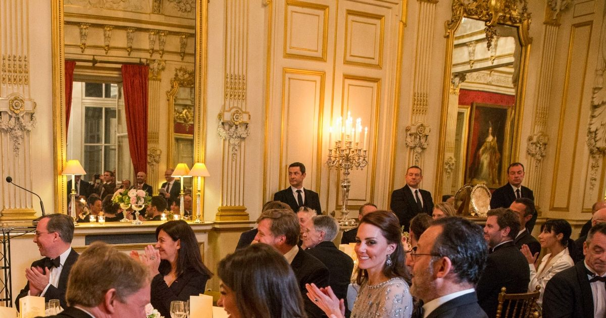 Kristin scott thomas lord edward llewellyn ambassadeur - Office tourisme grande bretagne paris ...