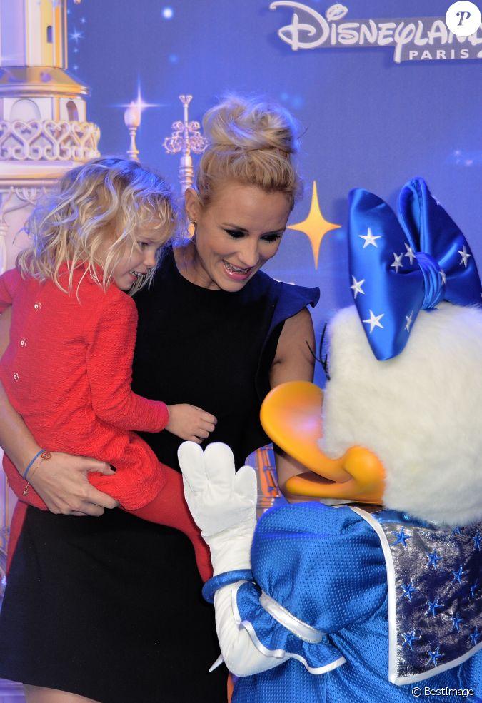 Elodie gossuin et sa fille jos phine 25 me anniversaire de disneyland paris marne la vall e - Elodie gossuin et ses enfants ...