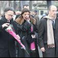 Les enfants de George Cravenne, François-David, Charles et Rebecca aux obsèques de leur père