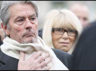 Alain Delon et Mireille Darc et tous les comédiens très émus aux obsèques de Georges Cravenne...