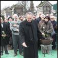 Roger Hanin aux obsèques de Georges Cravenne