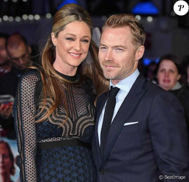 """Ronan Keating et sa femme Storm Keating enceinte lors de la première du film """"Another Mother's Son World"""" au cinéma Odeon Leicester Square à Londres,, le 16 mars 2017."""