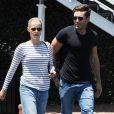 Claire Holt et son fiancé Matt Kaplan sont allés faire du shopping chez Fred Segal à West Hollywood. Le 14 juillet 2015