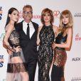 """Harry Hamlin, Lisa Rinna et leurs filles Delilah et Amelia Hamlin- 24e édition de la soirée """"Race To Erase MS"""" à l'hôtel Beverly Hilton. Beverly Hills, Los Angeles, le 5 mai 2017."""