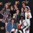 Millie Bobby Brown et toute l'équipe de la série 'Stranger Things' au MTV Movie & TV awards 2017 à l'auditorium de Shrine à Los Angeles, le 7 mai 2017
