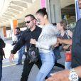 Bella Hadid arrive à l'aéroport de Nice dans le cadre du 70e Festival International du Film de Cannes, le 16 mai 2017.