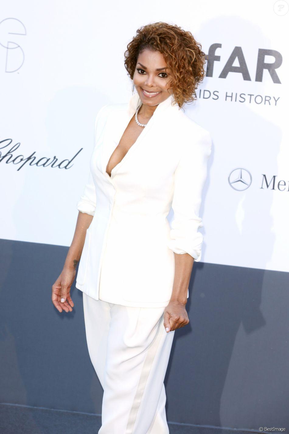 """Janet Jackson - Photocall de la soiree """"Amfar's 20th Cinema Against AIDS"""" a l'Eden Roc au Cap d'Antibes lors du 66eme festival du film de Cannes. Le 23 mai 2013."""