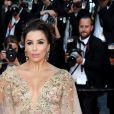 """Eva Longoria - Montée des marches du film """"Mise à Mort du Cerf Sacré"""" lors du 70ème Festival International du Film de Cannes. Le 22 mai 2017."""