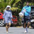 Exclusif - Le joueur de tennis Novak Djokovic s'entraîne sous les yeux de sa femme Jelena Ristic enceinte à Marbella en Espagne le 1er mai 2017.