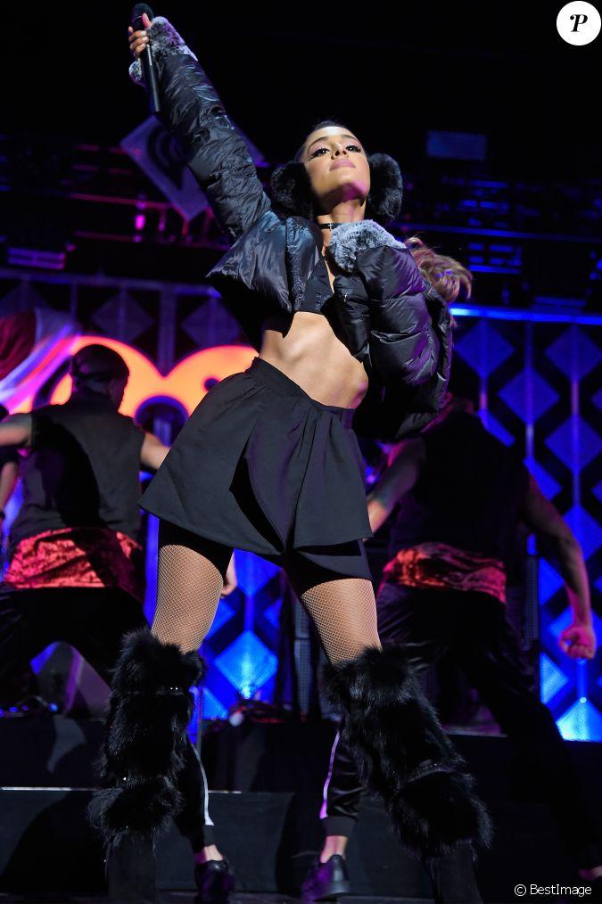 Ariana Grande Soir E Z100 39 S Jingle Ball 2016 Au Madison Square Garden New York Le 9