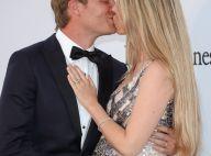 Nico Rosberg pilote au top : Baiser et main sur le ventre de sa chérie enceinte
