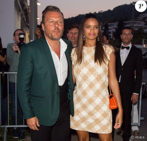 Jean-Roch et Anais Monory au restaurant Tetou à Cannes, le 24 mai 2017.