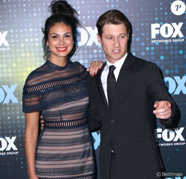 Morena Baccarin et son compagnon Ben McKenzie lors de la soirée de l'émission ''Empire'' FOX Upfront au Woolman Rink de Central Park à New York, le 15 mai 2017.