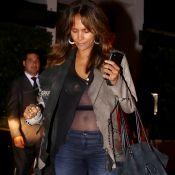 Halle Berry, 50 ans : Face aux rumeurs de grossesse, elle dégaine un ventre plat