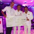 Remise du chèque à Lionel Comole, de la Fondation Arthritis par Jordan et Harold Bakalian -Personnalités lors de la soirée du Mapauto Golf Cup, au Clos des Roses à Fréjus. Le 10 juin 2017
