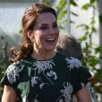 Kate Middleton, duchesse de Cambridge, visite l'exposition florale de Chelsea à Londres le 22 mai 2017.